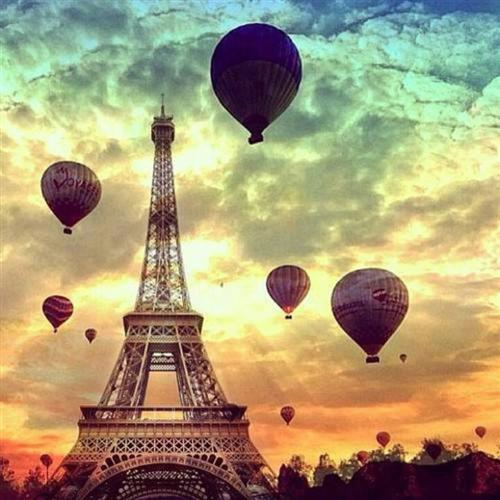 Balloons over Eiffel Tower
